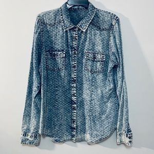Maurices Starburst Chambray Button Up XL